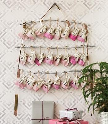 手作りアドベントカレンダー(吊るすタイプ)