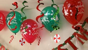 クリスマスパーティー飾り付け(風船)